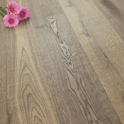 182mm Brushed & Natural Oiled Engineered Deep Fossil Click Wood Flooring 2.4m²