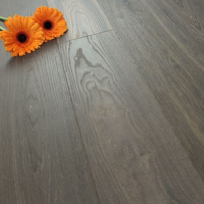 182mm Brushed & Natural Oiled Engineered Husk Brown Click Wood Flooring 2.4m²