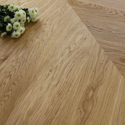 140mm Engineered Brushed & Oiled Natural Oak Chevron Block Wood Flooring 1.45m²