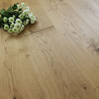 180mm Brushed & Oiled Engineered Golden Natural Oak Click Wood Flooring 2.77m²