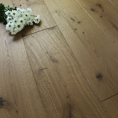180mm Natural Oiled Engineered Caramel Tan Oak Click Wood Flooring 2.77m²