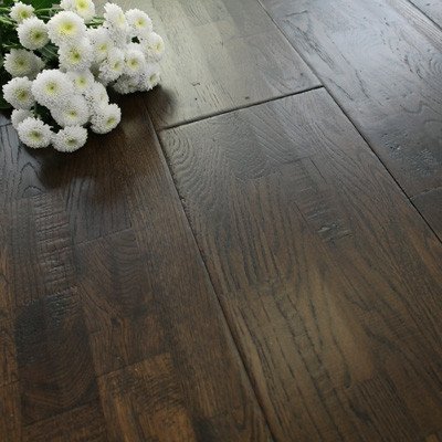 203mm Handscraped & Lacquered Finger Joint Java Solid Oak Wood Flooring 1.786m²