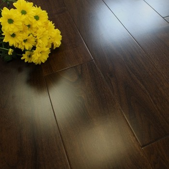 150mm Lacquered Engineered American Black Walnut 18mm Wood Flooring 1.98m²