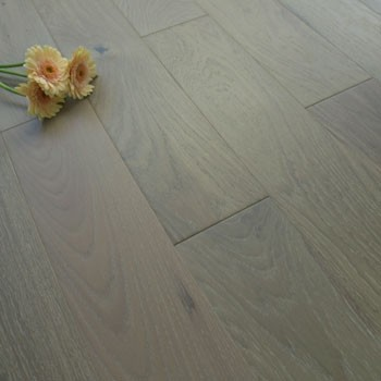 130mm Stained & Lacquered Solid Thunder Grey Oak 18mm Wood Flooring 2.184m²