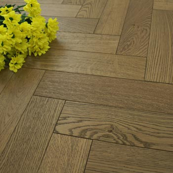 90mm Engineered Acorn Brown Matt Lacquered Parquet Block Wood Flooring 1.1664m²