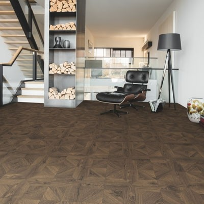 Quick-Step Impressive Patterns Royal Oak Dark Brown IPA4145 Laminate Flooring 1.901m²