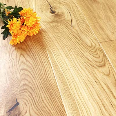 180mm UV Matt Lacquered Engineered Bradgate Oak Click Wood Flooring 2.26m²