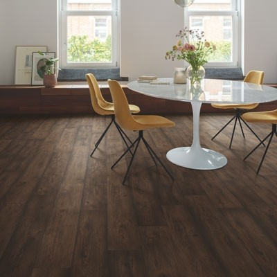 Quick-Step Signature Waxed Oak Brown SIG4756 Laminate Flooring 2.048m²