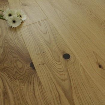155mm Brushed & UV Matt Lacquered Engineered Rustic Oak Wood Flooring 1.95m²
