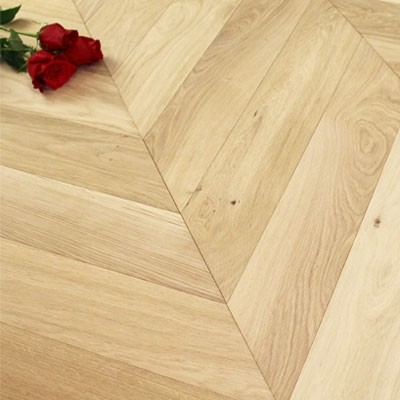 120mm Unfinished Engineered Oak Chevron Block Wood Flooring 0.864m2