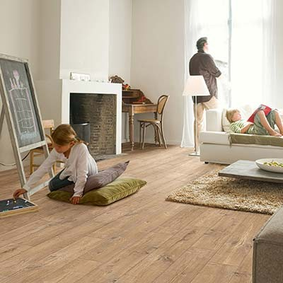Quick-Step Perspective Wide Oak With Saw Cuts Nature Planks 2 Groove ULW1548 Laminate Flooring