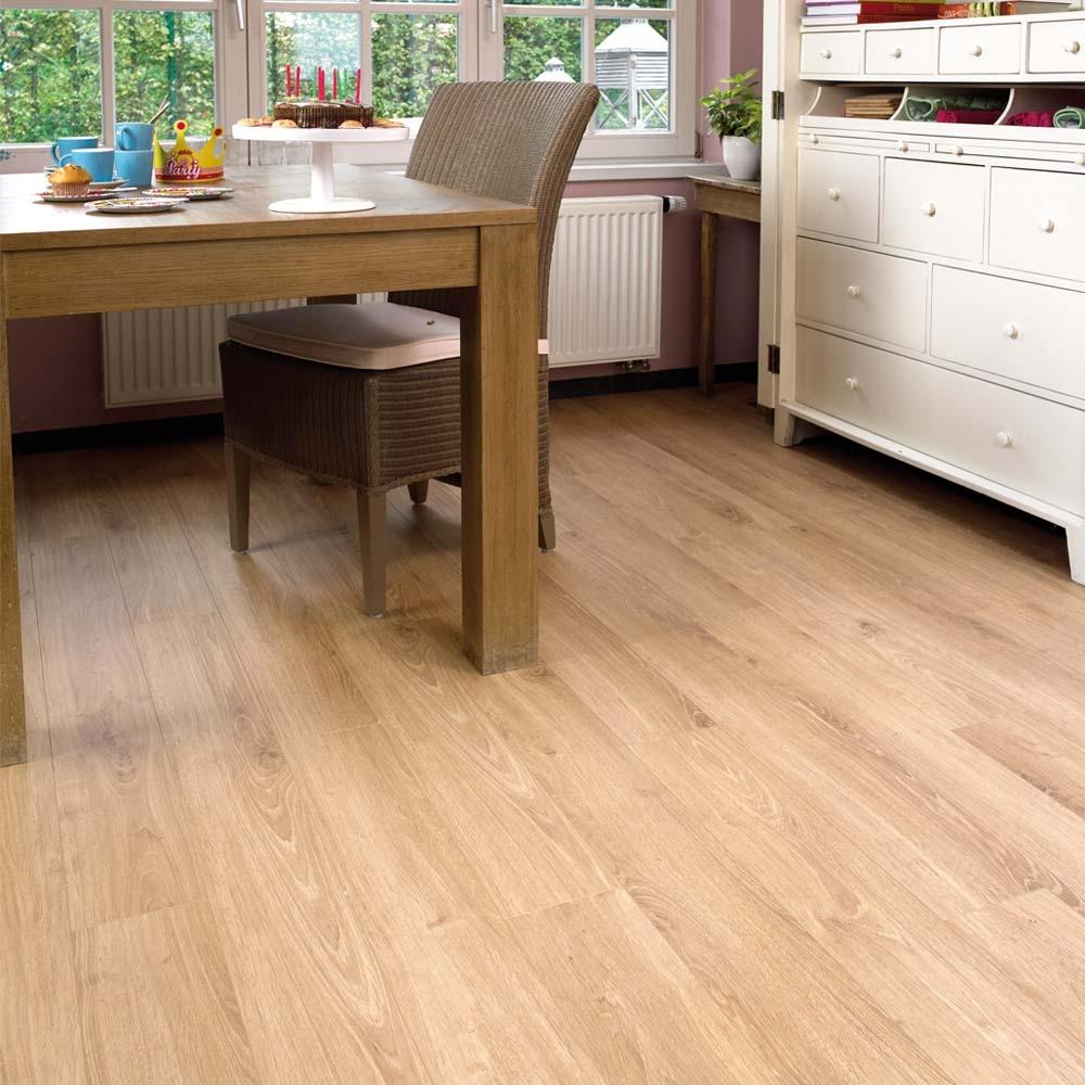 Elka 8mm Rustic Oak Elv254n Laminate Flooring