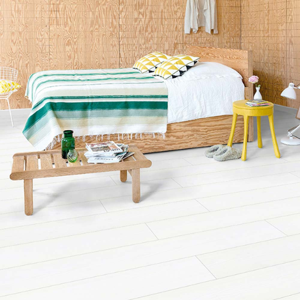 quick step impressive ultra white planks imu1859 laminate fl. Black Bedroom Furniture Sets. Home Design Ideas