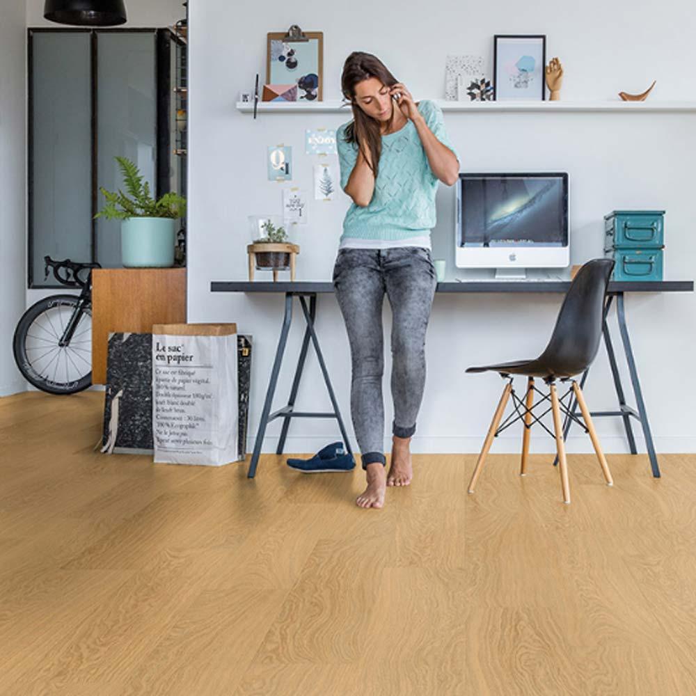 quick step livyn pulse click pure oak honey pucl40098 vinyl. Black Bedroom Furniture Sets. Home Design Ideas