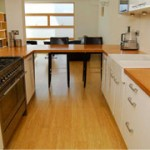 How to fit wood flooring onto plywood