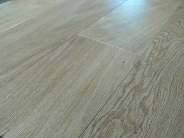 What is the difference between oil varnish and lacquer - lacquered oak flooring