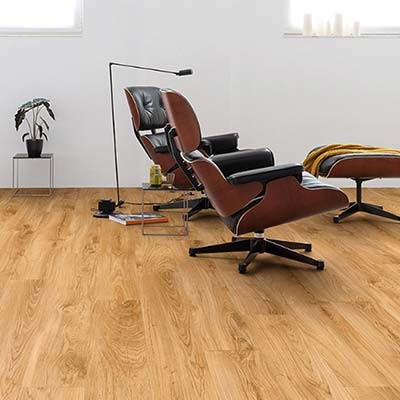 Flooring For Commercial Spaces, Is Laminate Flooring Good For Commercial Use