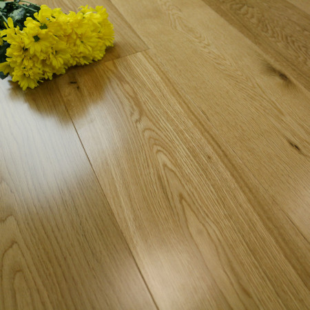 Satin Lacquered Oak Flooring